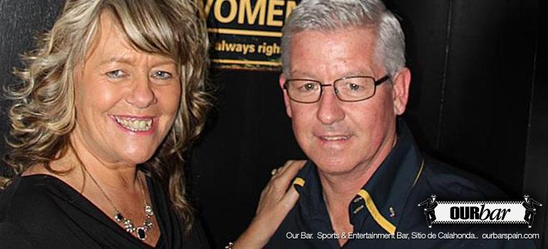 Ian and Violet Hollis Our Bar Sports Bar Sitio de Calahonda