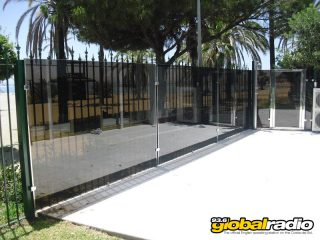 r-dmcs-glass-manufacturers-costa-del-sol-01a
