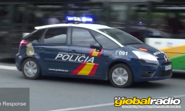 Police Stop Knife Wielding Man In Fuengirola